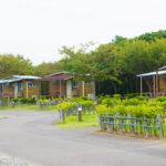 和島オートキャンプ場_バンガロー